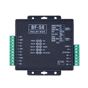 El BF-50 es un módulo expansor que se conecta a un controlador PCT-300 y que permite controlar una puerta adicional E/S.